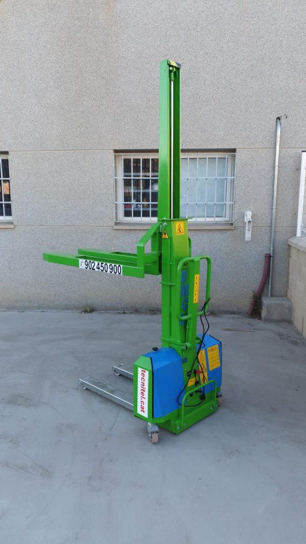 Venta de apilador autocargable con capacidad de carga de 600 kg