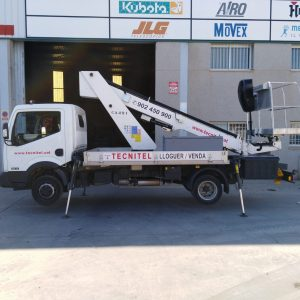 Venta de plataforma elevadora sobre camión cesta con capacidad de carga de 230 kg