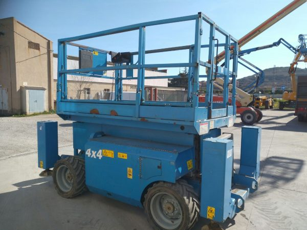 Venta de plataforma de tijera diésel 4x4