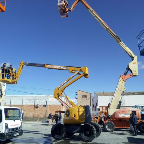 Trabajadores del sector industrial, construcción y servicios